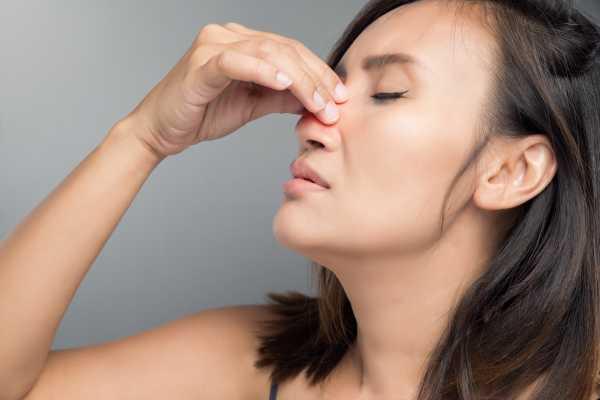 Ушиб носа: симптомы, первая помощь, лечение